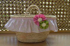 1000 images about cestas on pinterest verano trapillo - Canastas de mimbre decoradas ...