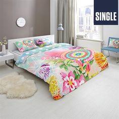 """<b>Features</b><ul><li>100% Cotton Sateen<br><a href=""""http://c2.mysalec.com/sizechart/Bedding&BathSizeGuideCMINCH.pdf"""" target=""""_blank"""" class=""""textLinkTopBottom"""">Bedding & Bath Size Guide</a></li></ul><b>      </b>      <hr>HIP"""