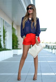 Have red shorts...need something flirty to wear out on the town.  I have a purse just like that.