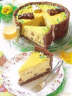 """Pentru anul acesta m-am tot gandit la o """"altfel"""" de Pasca, fata de cea… Romanian Desserts, Romanian Food, Cake Recipes, Dessert Recipes, Pastry And Bakery, Sweet Tarts, Food Cakes, Easter Recipes, Cake Cookies"""