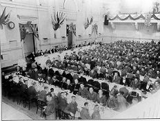 PH 13412. Praran recruits entertained by Council at the Town Hall, 9 March 1940.
