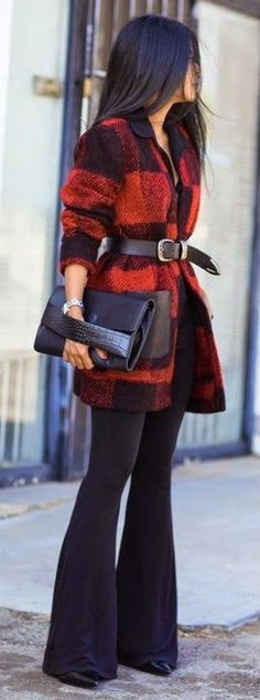 Fall fashion | Black shirt, plaid coat, belt, black flare pants, clutch