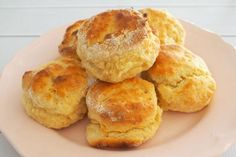 Weight Watcher Recipes 797700152733206516 - Scones Légers WW Source by moisettemartinsisteron Healthy Scones, Healthy Cake, Healthy Drinks, Healthy Cooking, Healthy Food, Healthy Recipes, Ww Desserts, Dessert Recipes, Weigth Watchers