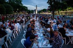 Thousands of Turkish people break their fasting at the Blue Mosque square in Istanbul, during the first day of the holy month of Ramadan Iftar, Ramadan 2016, Turkish People, Black Russian, Blue Mosque, Look At The Sky, Holi, Muslim, Istanbul
