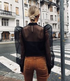 Discover the details that make the difference to the best street style Best Street Style, Looks Street Style, Looks Style, Street Chic, Style Me, Fashion Details, Look Fashion, Autumn Fashion, Fashion Design