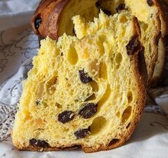 Panettone with Chef Adrea Barbato starts at AM) in Los Angeles, CA Natural Yeast Recipe, Italian Panettone, Holiday Bread, Baking Classes, Sweet Wine, Christmas Sweets, Box Cake, Pasta, Sweet Bread