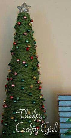 Christmas Holiday paper mache Cone Yarn Trees with berry Tabletop Christmas Tree, Cone Christmas Trees, Miniature Christmas Trees, Christmas Tree Crafts, Christmas Projects, Holiday Crafts, Christmas Holidays, Christmas Ornaments, Cone Trees