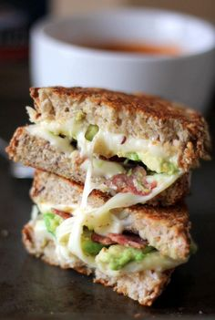 Delicious turkey bacon, avocado & mozzarella grilled cheese paired with creamy artisan tomato soup. The perfect healthy lunch pair! I Love Food, Good Food, Yummy Food, Lunch Recipes, Cooking Recipes, Healthy Recipes, Bacon Recipes, Food Porn, Bacon Avocado