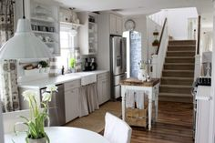 Eclectic Home Tour Proverbs 31 Girl - she turned a run down farmstead into a country living showstopper! kellyelko.com