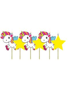 6 Velas unicornio: Este lote se compone de 6 velas de cumpleaños.3 Velas representan un unicornio y 3 velas representan una estrella.Las velas son de cera y miden unos 6cm de alto.Son unas velas perfectas para...
