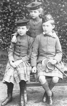 GRAND CHILDREN OF QUEEN VICTORIA and ALBERT:  The children of the Duke and Duchess of Connaught, l-r Princesses Margaret and Patricia and Prince Arthur, Balmoral 1891.  Grandchildren of Queen Victoria.   ([in Portraits of Royal Children Vol.39 1890-1891] | Royal Collection Trust)