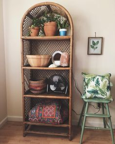 I cant even tell you how excited I am to have found this ratan shelf off of Crai… - Thrift Store Upcycle Refurbished Furniture, Upcycled Furniture, Furniture Makeover, Wicker Furniture, Hippie Home Decor, Boho Decor, Rustic Decor, Hippie House, Upcycled Home Decor