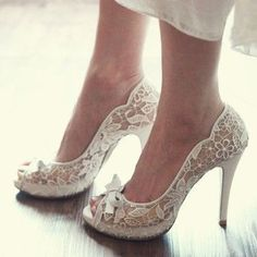 Wedding shoes #LELObridal #wedding  I love lace