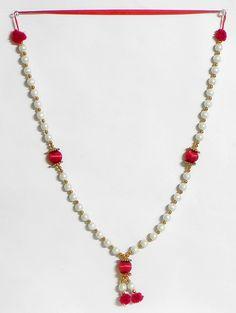 White Bead Garland with Thread Balls (Beads))