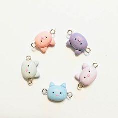 Zuckersüße Katzenanhänger handgemacht  Supercute catpendants handmade #supercute #handmade #handgemacht #cute #witzig #süß #polymerclay #polymerclaycharms #polymerclayart #cat #cats #katze #fimo #arts #kunst #schön #pretty #animals #jewelry #schmuck #miniature #small #diy #doityourself #pastel #pastell #bonbon #colorful