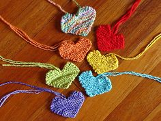 Knitted Hearts, free pattern.  So cute!!
