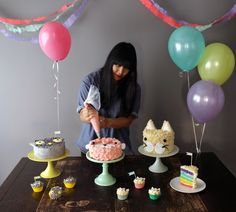 lyndsay sung piping cakes - coco cake land
