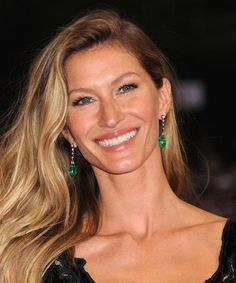 Gisele quits the catwalk & gets SUCH a sweet love letter from Tom Brady
