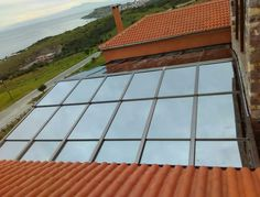 Renowned for its innovative approach and its elegant products, Salinox creates whatever is needed for a projects that involves aluminum and glass. Solar, Outdoor Decor, Skylights, Electric, Glass, Drinkware, Side Return, Corning Glass, Sun