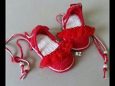 ALPARGATA DE CROCHÉ - Andréia 9CM - YouTube Crochet Baby Boots, Crochet Shoes, Cutwork Embroidery, Crochet Videos, Baby Girl Shoes, Pretty Shoes, Baby Booties, Crochet Projects, Kids Outfits