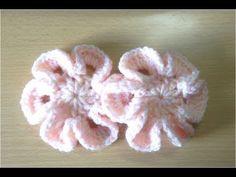 立体的な花の編み方 5【かぎ針編み】How to Crochet 3D flower / Crochet and Knitting Japan - YouTube