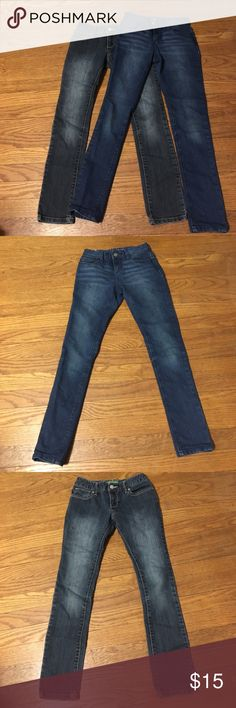 2 old navy jeans Two pair of Old Navy jeans size 10. One is a slim fit and one a regular fit. Great colors! Old Navy Bottoms Jeans