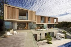 Complex Holiday Home Overlooks the Indian Ocean - http://freshome.com/complex-holiday-home/