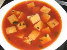 Supa de rosii cu galuste imperiale - imagine 1 mare Soups And Stews, Sweet Potato, Cantaloupe, Curry, Potatoes, Cooking Recipes, Favorite Recipes, Supe, Vegetables
