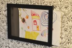 IKEA Hackers: Frame-holder for kids drawings Yes! Anyone going to IKEA soon? Diy Artwork, Artwork Display, Frame Display, Marco Ikea, Ikea Picture Frame, Ikea Hack Kids, Diy Slides, Drawing Frames, Art Frames