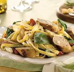 Spinach & Feta Chicken Sausage Fettuccini Alfredo | al fresco recipes