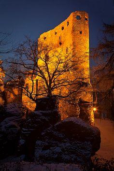 Valecov Castle | Boseň | Český ráj | photo researched by http://www.iconhotel.eu/en/contact/how-to-find-us