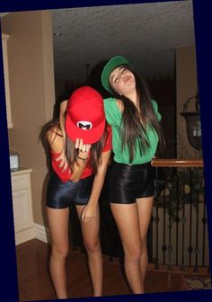 Costume Halloween Duo, Cute Halloween Costumes For Teens, Costumes For Teenage Girl, Best Friend Halloween Costumes, Costume Ideas, Diy Costumes, Halloween Halloween, Teen Costume Diy, Halloween Costumes Bestfriends