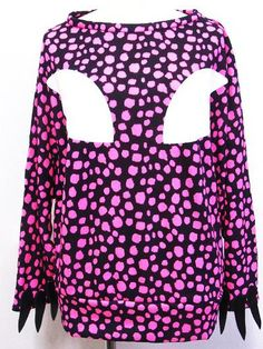 Polka Dotted & Knitted Dolman Cutsaw w/ Nail Pink. See more at: http://www.cdjapan.co.jp/apparel/superlovers.html #harajuku #SUPER LOVERS