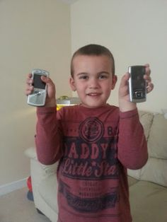 Positive from the start, Bristol Dad, David Anderson, shared every step of the Hearts and Minds challenge to collect 165 old phones to excha. David Anderson, To Collect, Old Phone, Ipads, Mobile Phones, Challenges, Graphic Sweatshirt, Sweatshirts, Recipes