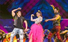Image may contain: 3 people, people dancing, people on stage and people standing People Dancing, Jacqueline Fernandez, Bollywood Actress, Stage, Give It To Me, Actresses, Shit Happens, Photo And Video, Concert