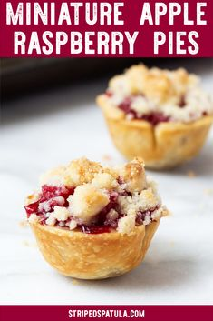 It& easy to use a muffin tin to make these two-bite Miniature Apple Raspberry Pies! Just cut the pie dough into circles using a cookie cutter, place in the mini muffin tin, fill, and bake. Perfect for a packable treat or a holiday dessert buffet. Raspberry Desserts, Apple Desserts, Homemade Desserts, Mini Desserts, Best Dessert Recipes, Fruit Recipes, Easy Desserts, Thanksgiving Desserts, Holiday Desserts