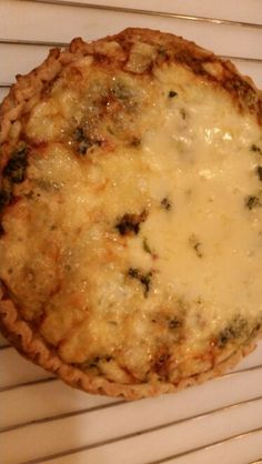 Spinach and swiss cheese quiche