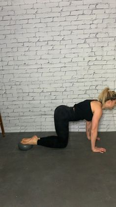 """Cardio Sequence""""> Plank, Barre Ball, core engagement, finish off with a burpee variation. Training for beginners Training plan Training video Training weightlifting Training women Training workout Pilates Workout Routine, Pilates Abs, Ballet Barre Workout, Barre Workout Video, Cardio Barre, Cardio Abs, Home Workout Videos, Cardio At Home, Band Workout"""