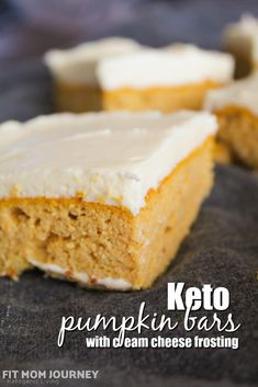 Great for a crowd my Keto Pumpkin Bars are simple to make tasty and keep well in the refrigerator to be used for lunches later. Keto Pumpkin Bars are low carb ketogenic a THM:S Sugar Free Grain Free and Gluten Free. Baking With Coconut Flour, Cooking With Coconut Oil, Baking Flour, Köstliche Desserts, Delicious Desserts, Dessert Recipes, Yummy Recipes, Gluten Free Recipes, Low Carb Recipes