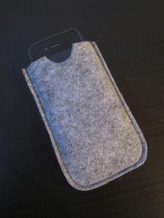 Tee-se-itse-naisen sisustusblogi: Thick Felt Mobile Phone Case