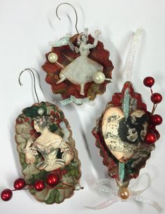 Tart tin ornaments - Wings of Whimsy: Christmas Ornament Swap 2014 Victorian Christmas Ornaments, Christmas Ornaments To Make, Vintage Ornaments, Homemade Christmas, Christmas Projects, Vintage Christmas, Christmas Diy, Christmas Crafts, Christmas Decorations