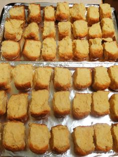 Easy Bread Recipes, Cake Recipes, Dessert Recipes, African Cake, Rusk Recipe, Deli Food, South African Recipes, Small Cake, Bakery