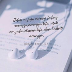64 Best Ideas Quotes Indonesia Hujan So True Quotes Rindu, Rain Quotes, Smile Quotes, Book Quotes, Words Quotes, Happy Quotes, True Friendship Quotes, Quotes Galau, Quotes Indonesia