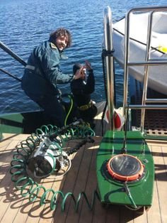 Nuestros compañeros preparando la inmersión...todo listo para bajar con nuestra cámara HD y radio transmisión para contarles a todo el pasaje los secretos que esconde el Lago... Douro, Fauna, Lakes, Aquatic Ecosystem, Cruise, Parks