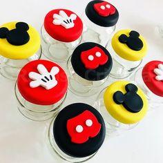Mickey Mouse Png, Fiesta Mickey Mouse, Mickey Mouse First Birthday, Leo Birthday, Minnie Mouse Party, Mickey Minnie Mouse, Pasta Flexible, Jar Crafts, First Birthdays