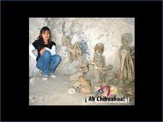 TURISMO EN CHIHUAHUA ¿En dónde están ubicadas las Cuevas Grandes? Están ubicadas en el municipio de Guerrero, en la Sierra Tarahumara del estado, arqueólogos tienen la teoría, de que se trata de un cementerio tarahumara, ya que se encontraron osamentas momificadas que datan de más de 1000 o 1200 d.C. www.turismoenchihuahua.com