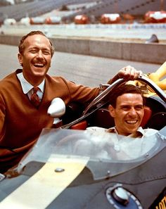 Colin Chapman and Jim Clark Indy Car Racing, Indy Cars, Road Racing, Nascar, F1 Lotus, E Sport, Motor Sport, Indianapolis Motor Speedway, Gilles Villeneuve
