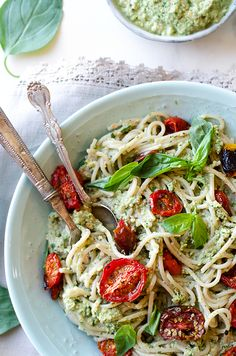 What ELSE can you do with zucchini? Retire the zucchini loaf and make vegan Zucchini Pesto Pasta with roasted cherry tomatoes and fresh basil!