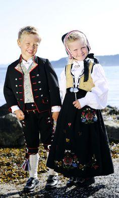 barnebunader fra Rogaland er en kope av de voksne bunadene