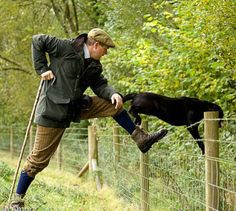 British Country Style, Country Chic, Country Life, Tweed Outfit, English Shepherd, Plus Fours, Gentleman's Wardrobe, Country Fashion, Fish Camp
